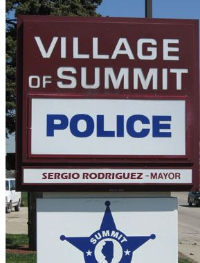Village of Summit Police sign
